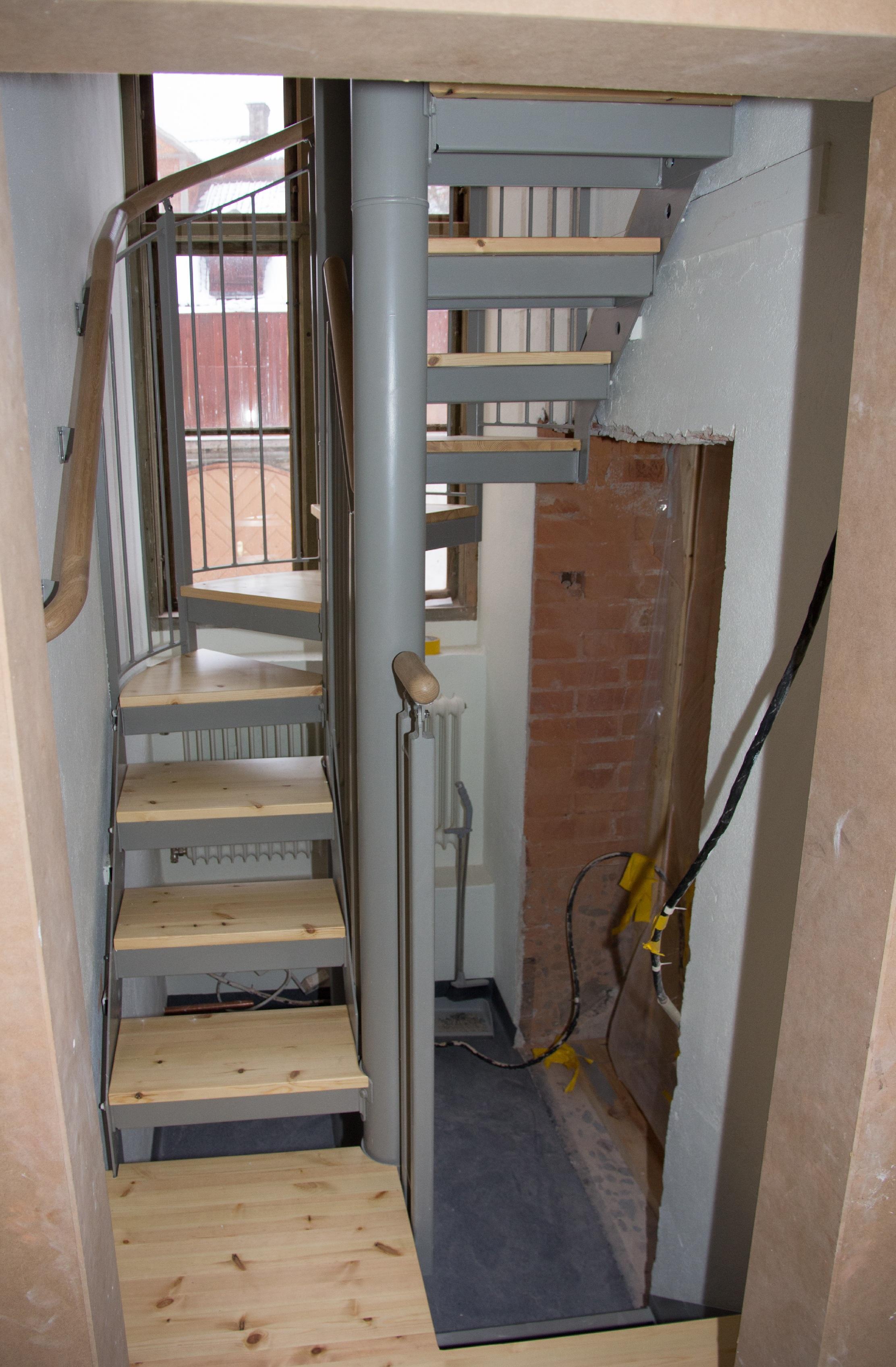 Den nya trappen på plats. Foto: Tomas Wiedersheim-Paul