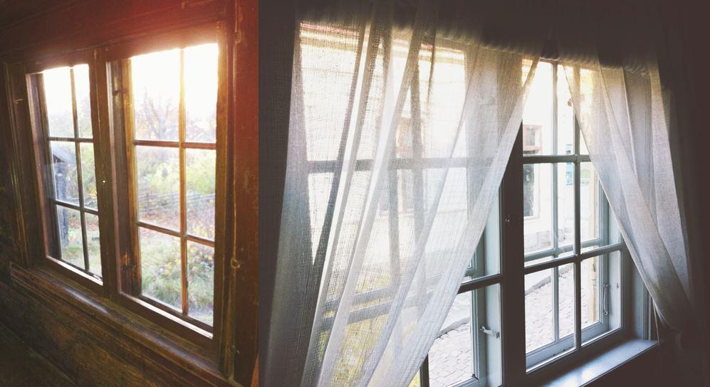 Innanfönster i Älvrosgården och Boktryckarbostaden med olika spröjs. Foto: Sandra Åberg