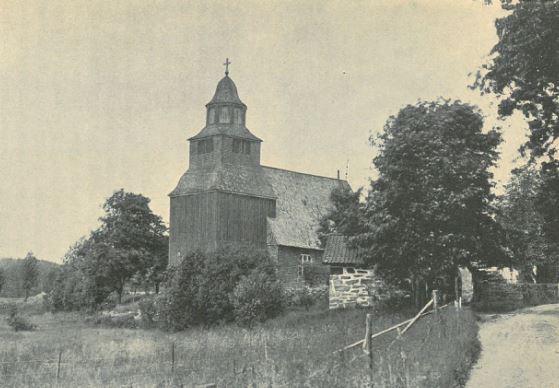 """Seglora kyrka, i Seglora 1916. Fotad av Sigurd Wallin. Återfinnas på s. 7 i hans bok """"Seglora Kyrka på Skansen"""" från 1918."""