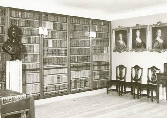 Det Stenbockska biblioteket så som det tedde sig på 1950-talet i Tottieska gården.
